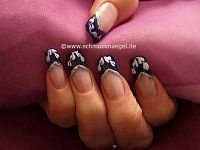 French motif with colour gel and nail art liner
