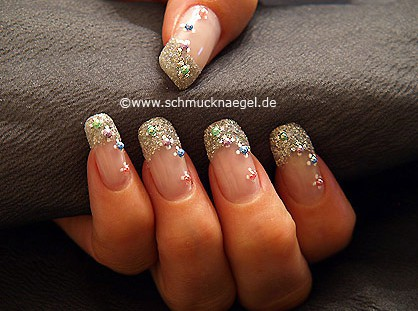 Nail art with half pearls and glitter-powder
