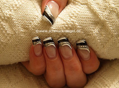 French with nail art pen, liner and nail lacquer