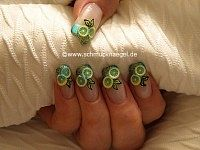 Nail art with fimo clay and nail lacquer