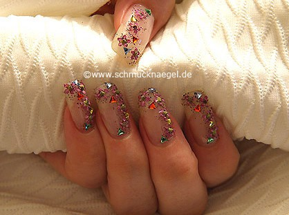 Triangular strass stones and dried flowers
