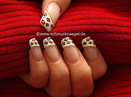 French fingernail design with nail art liner