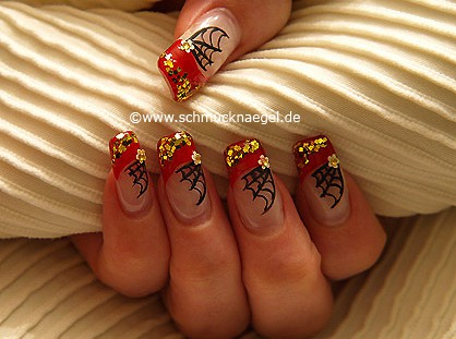 Spiderweb halloween motif as fingernail decoration
