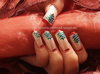 Fir tree as nail decoration