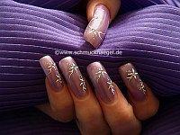 Diseño en uñas esculpidas