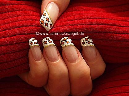 Diseño manicura francesa para uñas y nail art liner