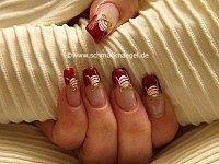 Bola de Navidad en decoración de uñas
