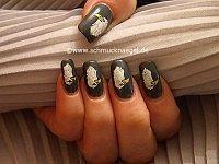 Motivo águila con esmalte y nail art liner