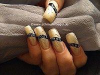 Nochevieja decoración de uñas