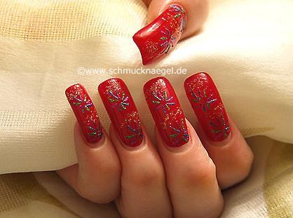 Fuegos artificiales diseño en uñas