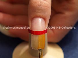 Farbe mit gleichmäßigen Pinselstrichen auftragen
