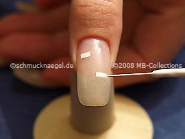 Nailart Liner in der Farbe weiß