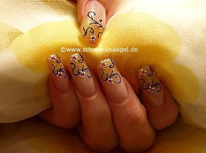 Nailart Motiv mit Nagellack in kupfer-glitter