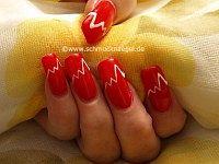 Nailart Motiv in rot mit Farbgel