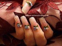 Keramik-Blumen und Glitter Pulver