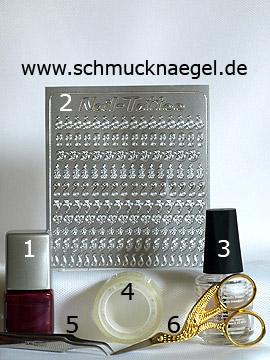 Produkte für das Fingernagel Motiv mit Nail-Tattoos - Nagellack, Nail-Tattoos
