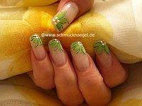 Blumen Motiv mit Nailart Liner und Nailart Pen