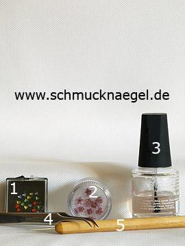 Produkte für das Motiv 'Dreieckige Strasssteine und getrocknete Blumen' - Strasssteine, Getrocknete Blumen, Spot-Swirl