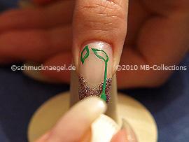 Nailart Liner in der Farbe grün