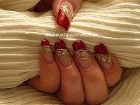 Blumen Tattoos zum dekorieren der Fingernägel