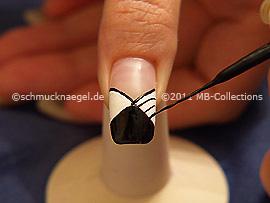 Nailart Liner in der Farbe schwarz