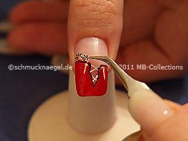 Nail Sticker und Pinzette