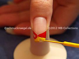 Nailart Liner in der Farbe gelb