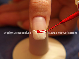 Nailart Liner in der Farbe rot