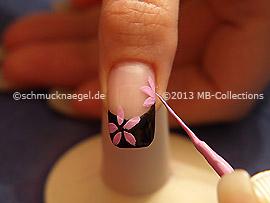 Nailart Liner in der Farbe rosa