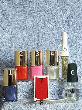 Produkte für das Bunte Nailart Motiv - Nagellack, Nailart Liner, French Maniküre Schablonen, Klarlack