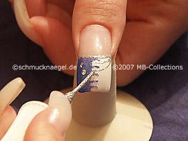 Nailart Liner in der Farbe silber-glitter
