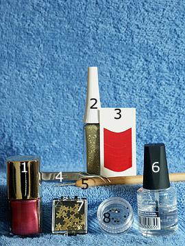 Produkte für das Motiv für die Anleitung zur fingernageldekoration - Nagellack, Nailart Liner, French Maniküre Schablonen, Spot-Swirl, Klarlack, Einlegemotive, Strasssteine