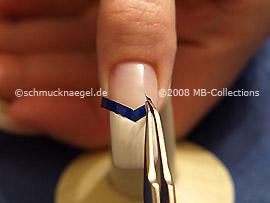 Plantilla para manicura francesa y pinzeta