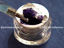 Gel de color lila oscuro y spot-swirl