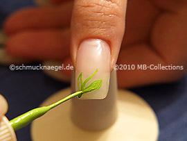 Nail art liner de color verde claro