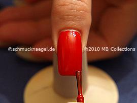 Esmalte de color rojo