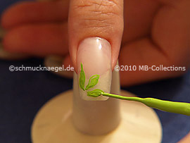 Nail art liner en verde claro