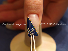 Nail art pegatina y pinzeta