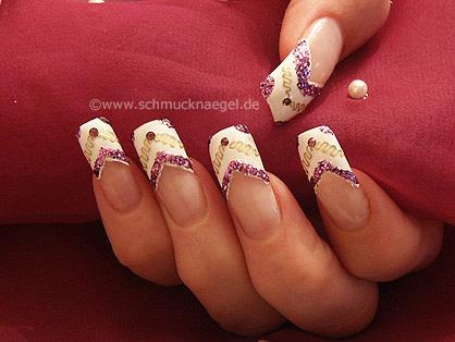Nail tattoo con ondulatoria