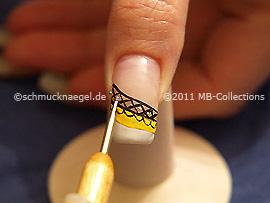 Spot-swirl y nail art bouillon