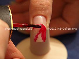 Esmalte de color rojo oscuro
