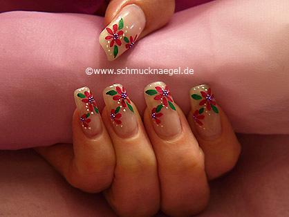 Diseño floral con perlitas para uñas en lila