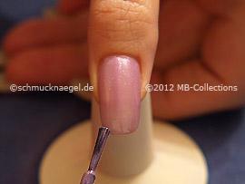 Esmalte de color lila claro