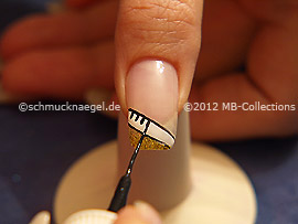 Nail art liner de color negro