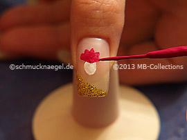 Nail art liner de color fucsia