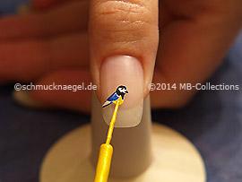 Nail art liner de color amarillo
