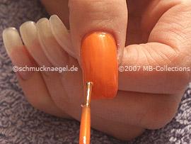 Esmalte de color naranja