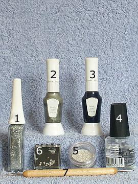 Productos para motivo de fiesta en plata - Nail art bouillons, Nail art liner, Nail art pen, Piedras strass, Spot-Swirl, Esmalte transparente