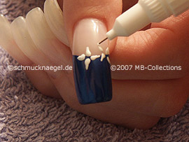 nail art pen de color blanco