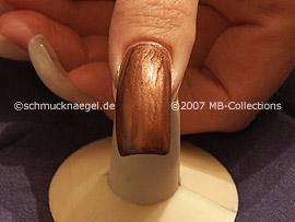 esmalte de color marrón